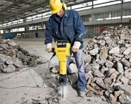 Professional drilling process of concrete cutting in Sa Dec