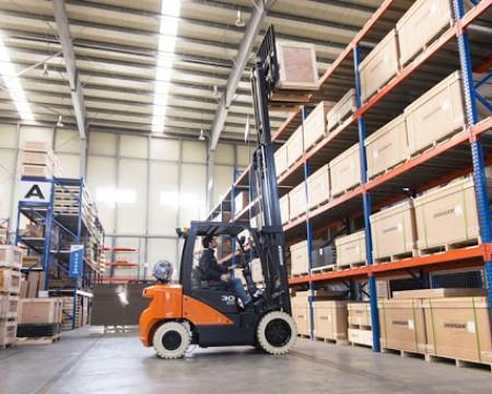 Dịch vụ bốc xếp hàng hóa nhanh chóng, tiết kiệm chi phí